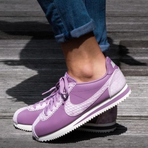 sale retailer fb241 2db94 NWT Nike Cortez PRM Violet Dust WMNS NWT